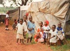 Betreuung von Kindern durch die Afrikamission
