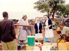 Brunnenbohrung durch die Afrikamission Sr. Edelfrieda